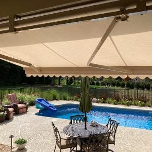 Retractable Awning installation hawthorn woods