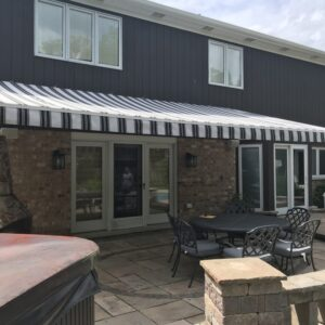 retractable awning Hawthorn Woods